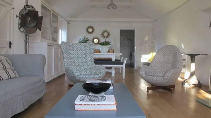 Eclectic retreat near Newmarket
