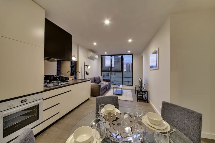 2BR Suites on Bourke in Melbourne CBD