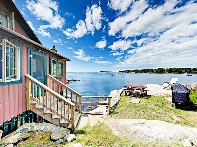 Oceanfront 1BR Log Cabin Haven