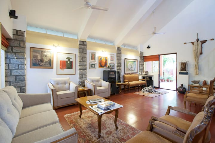 2) Private Room via Garden & Patio - Bangalore - Huis