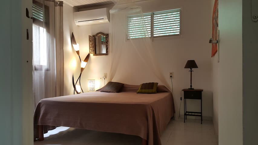 Chambre appartement PAPAY F2