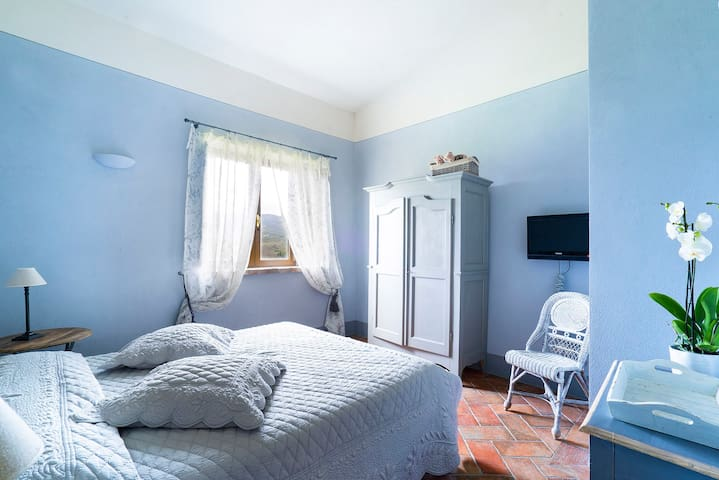 Double room with free wifi!