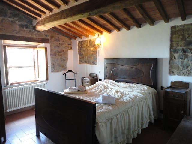 pod.FICAIOLA  casa in campagna  - Tatti - Huis