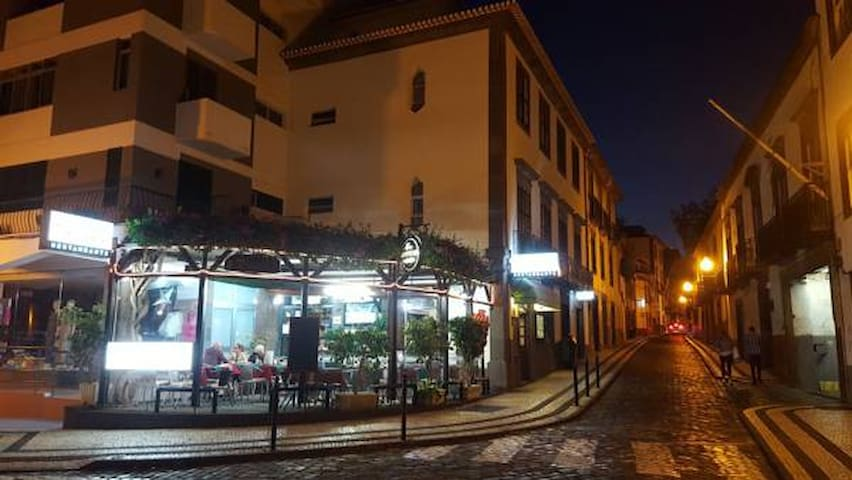 The place for your holidays in Funchal Downtown