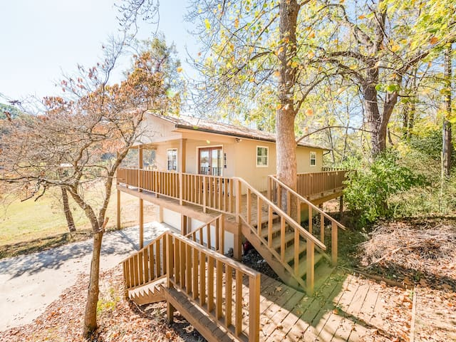 Lakeside Retreat - Brim-Deck, view, dock, fishing - Dayton