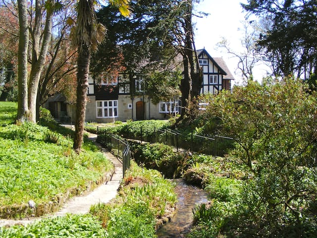 Luxurious rural Manor House on a private estate - Shanklin - Rumah