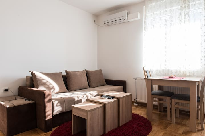 Practical cozy place - Novi Sad