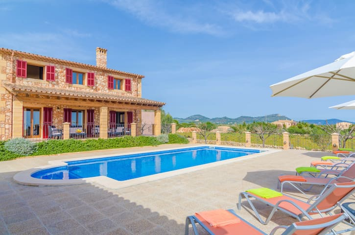 TORRE NOVA SIS - Villa for 6 people in S'ILLOT. - S'ILLOT