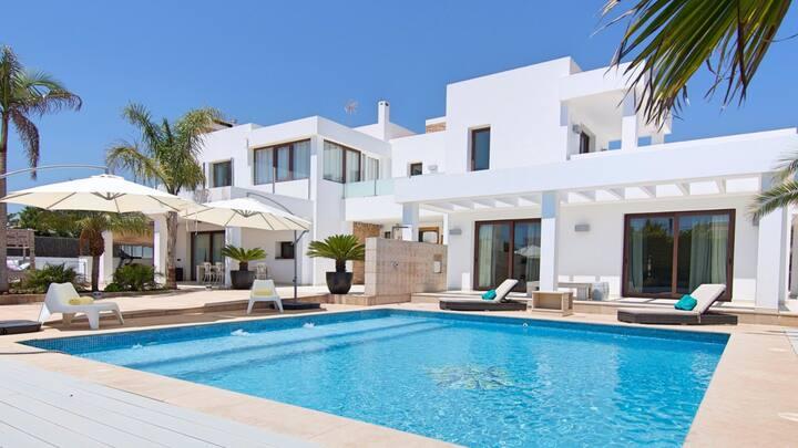 Villa Armonia best location