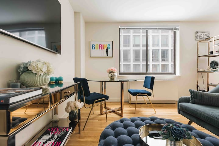 Large Alcove Studio in the Heart of Chelsea