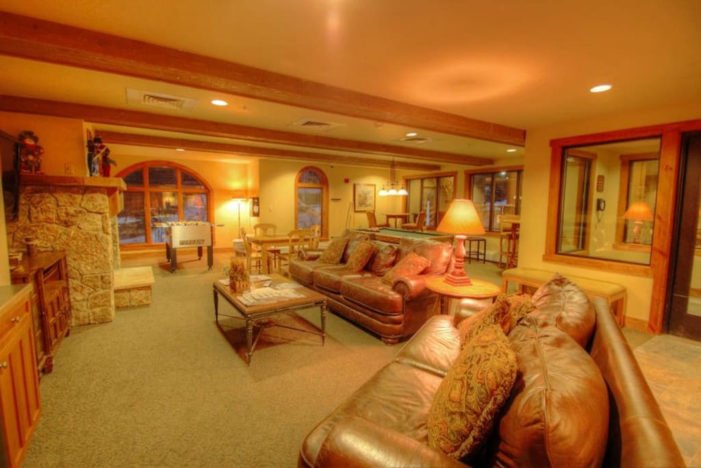 Red Hawk Lodge Clubhouse
