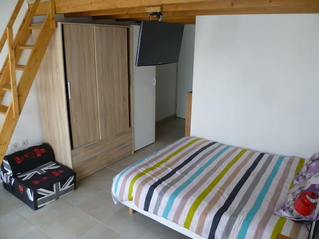 Studio vacances - Lézignan-Corbières - House