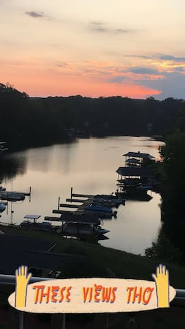 Smith Mountain Lake Getaway