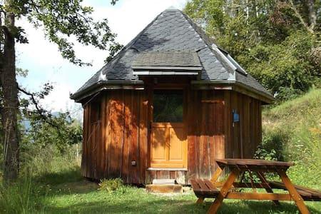 Le Chalet Finlandais - Aleu - Hytte (i sveitsisk stil)