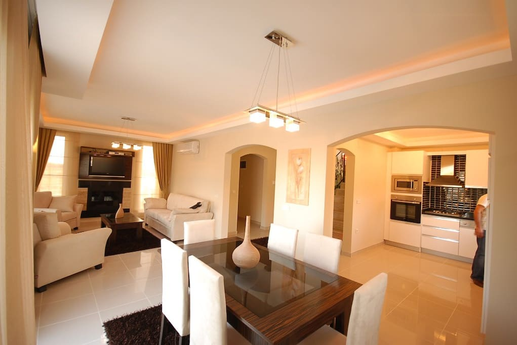 Your VILLA ROOM AND KITCHEN