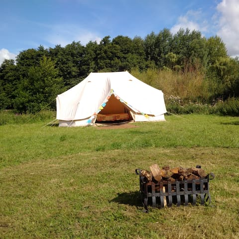 Glamping at 'Loddon Mill Arts' Bell Tent & burner - Loddon