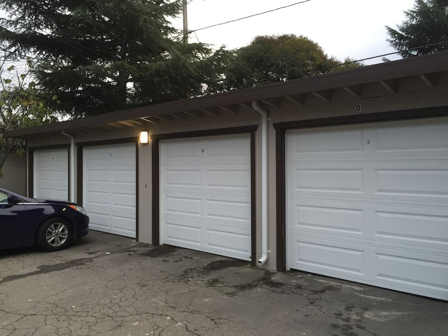 Private Garage Parking