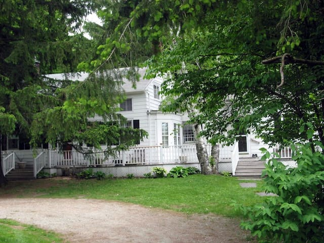 Comfortable Berkshire Farmhouse  - West Stockbridge - Huis