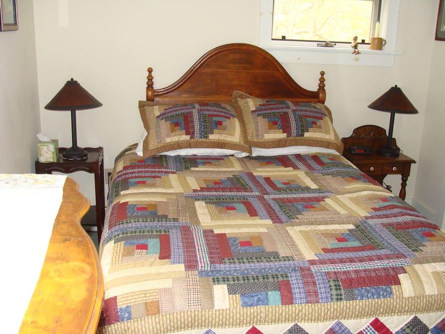 Queen Bed in Family Suite