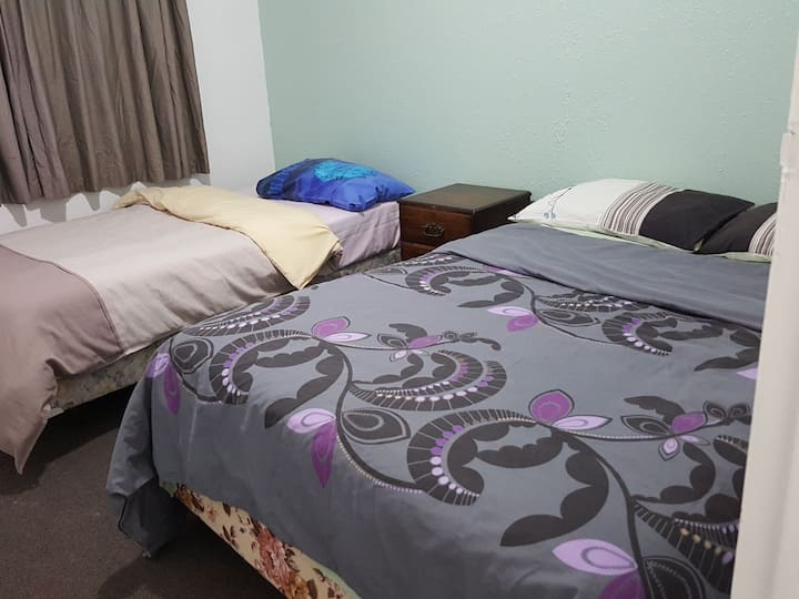 Bayfair House Double/Twin Bed