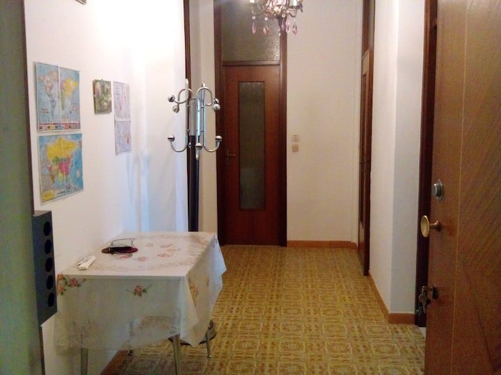 Entire Home/ apart. fully furnished