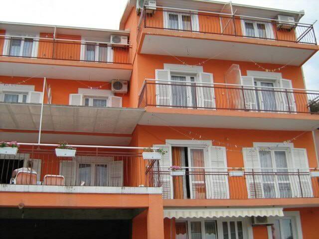 Room 2p Gomila Igalo Herceg Novi - Igalo - Bed & Breakfast