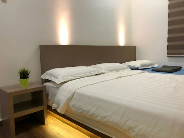 Penang cosy homestay-2bedroom, pool,gym&near mall.