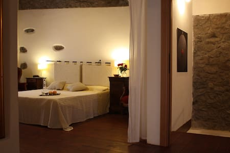 suite in casa storica - Santu Lussurgiu - Bed & Breakfast