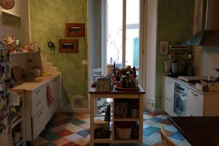 Intera casa in centro storico! - Modigliana - 独立屋