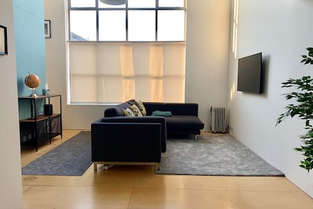 Town Centre Apartment at The Lightbox
