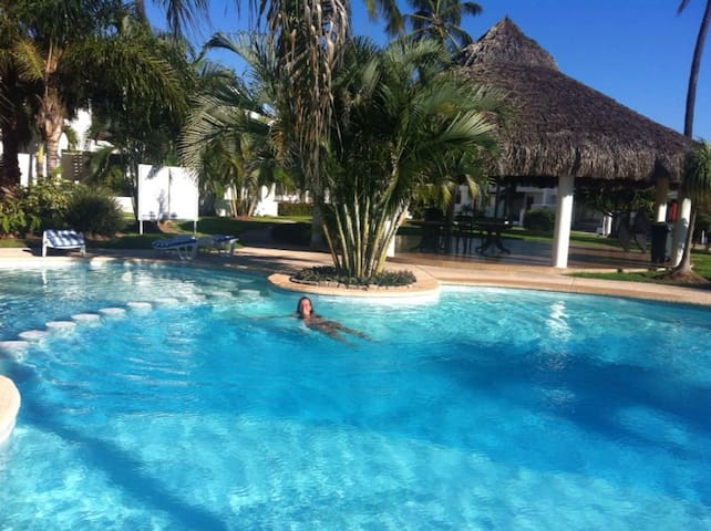 Charming 2br condo pool golf beach - Mazatlán - House
