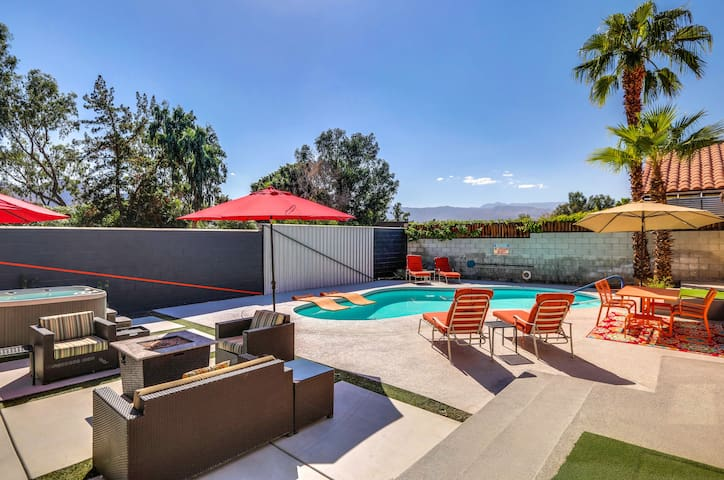 Sunshine Modern, 3br Spacious backyard HotTub/Pool