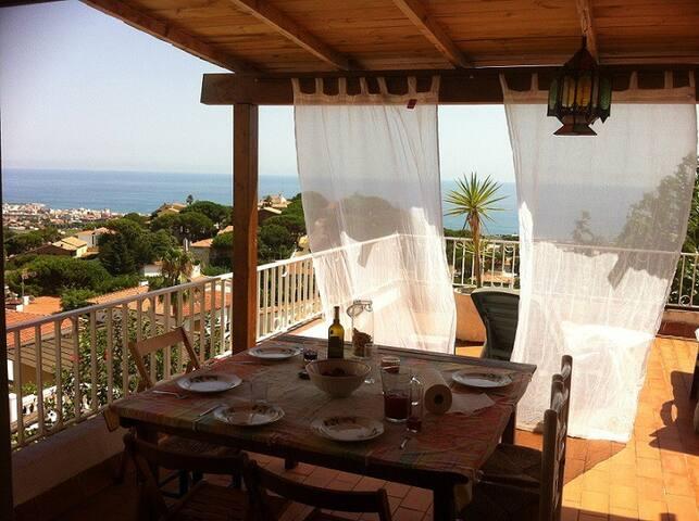 Barcelona & Beach & Private pool - Premià de Dalt - House