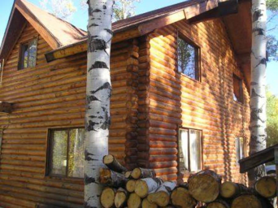 Hand built log cabin! ~ SkiUtahCabin.com