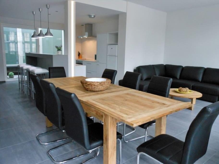 woonruimte met open keuken