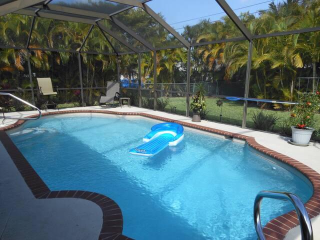 Cape Coral Guest House - Cape Coral - House
