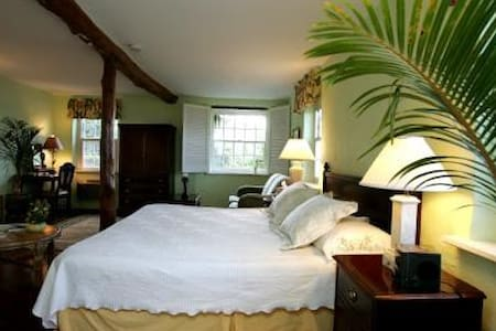 Bed and Breakfast Perfect Location - Warwick - B&B/民宿/ペンション