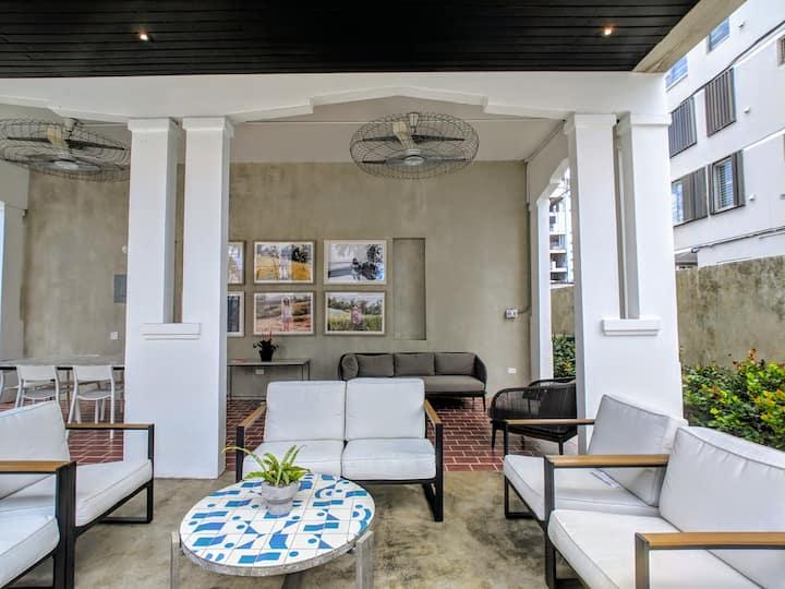 MARE 25-Single Room w/NEW POOL+HALF BLOCK TO BEACH