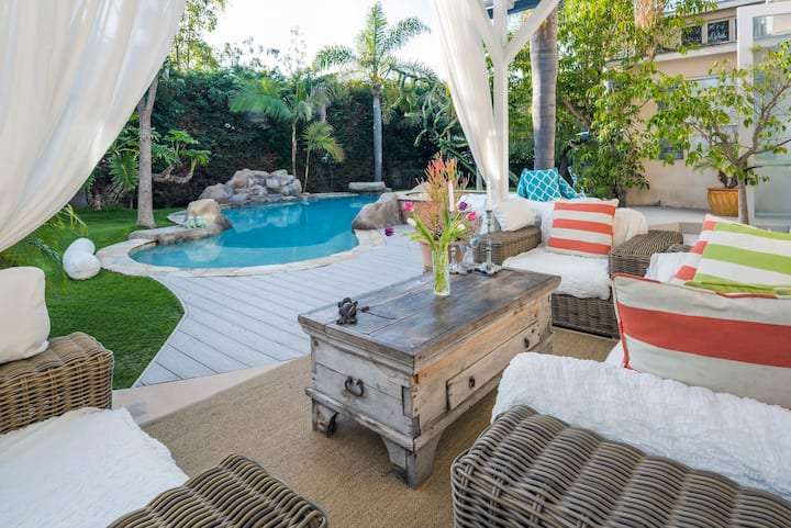 Secluded Sanctuary & Retreat - 8 bedrooms & Pool!