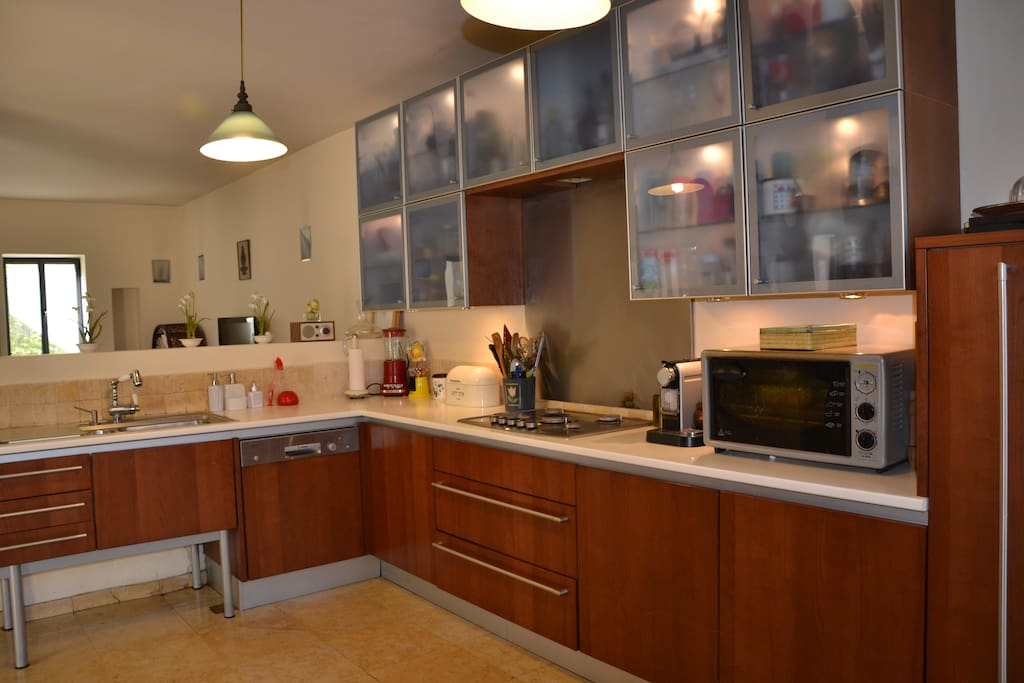 Modern and well equiped open kitchen