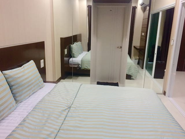 King Bed @ Like Condo - Rimkok - Kondominium