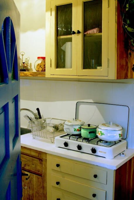 The retro kitchen with all you need and more.