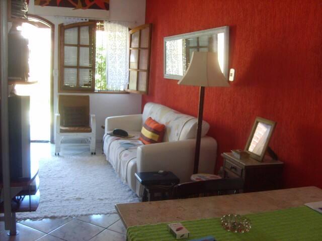 Casa condomínio próximo ao shopping e praias - Cabo Frio - Appartement en résidence