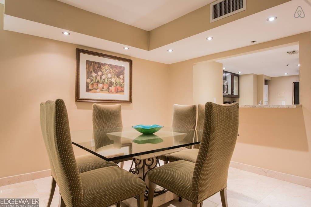 The Grand 1641 | 2bed/2bath | Free Valet Parking""