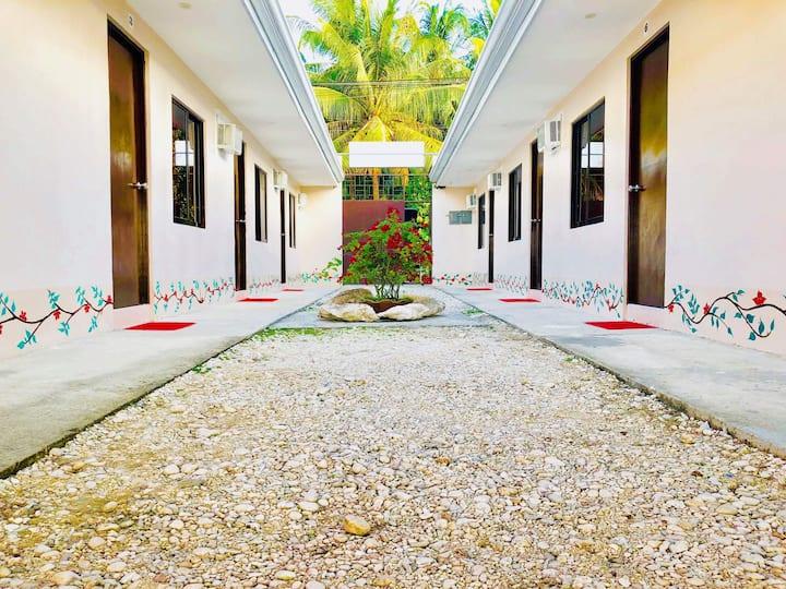 Amit Hostel (Room 3-1)
