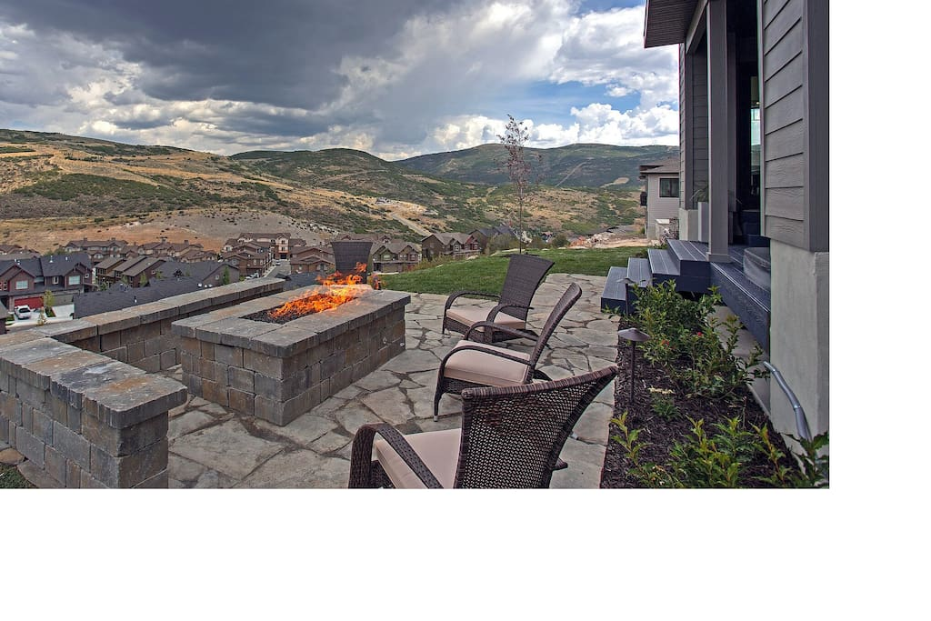 Built in Fire Pit and Seating - Summer View