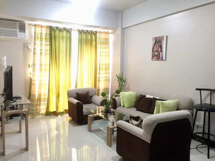 Spaceous condo unit with 24 hour security