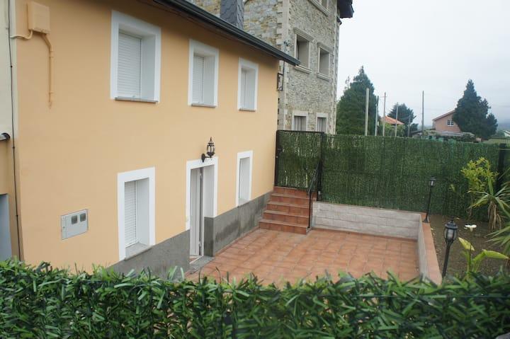 Casa Venta Vaqueira en Cadavedo ( Luarca) Asturias