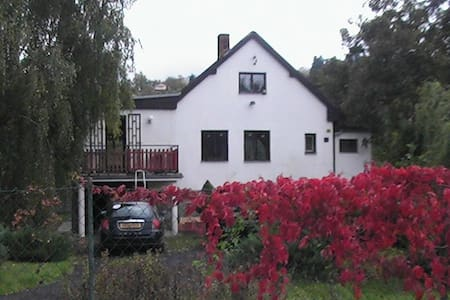 Beautiful Cottage By The River - Zadní Třebaň