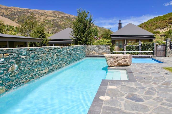 Charming Cardrona Alpine Villa